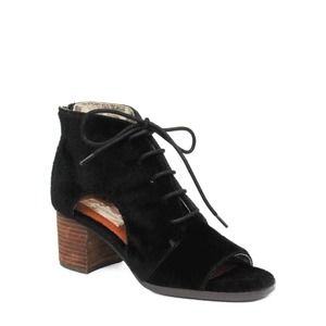 Band of Gypsies Amelia Bootie Black Size 9 New